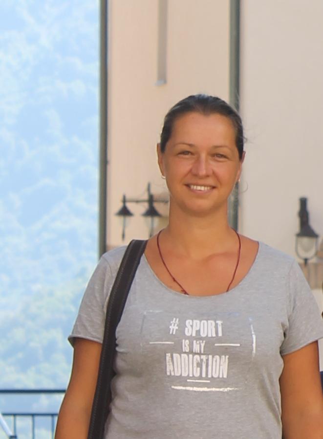 Крикорова Анна Валерьевна, преподаватель начальных классов, педагог-психолог