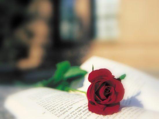 Считается, что самые древние стихи-гимны были созданы в.