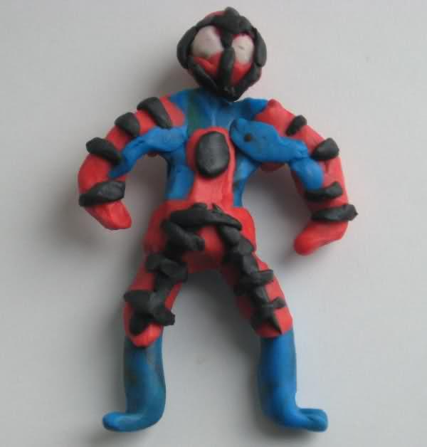 Человек паук из пластилина картинка