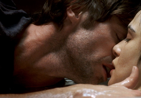 поцелуй картинки в губы