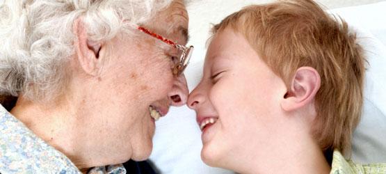 порка внука с бабушкой