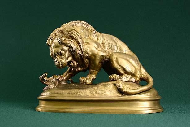 Лев и Змей.  Автор Рашит Потайной.