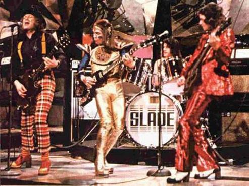 """Глэм-рок (англ.  Glam Rock, от glamorous -  """"эффектный"""