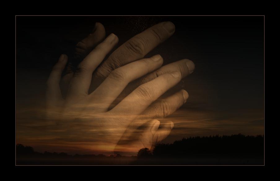 Взглянуть на свои руки во сне