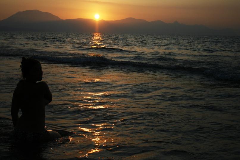 У моря, у синего моря (3 фото) — Девушки — Релакс!