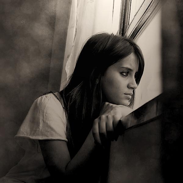 Девушка скучает картинки