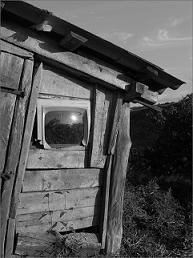 """Телевизор  """"Горизонт """"- Пыльненький экран, В нашей горнице живёт Славный ветеран!  Он не требует ремонт..."""