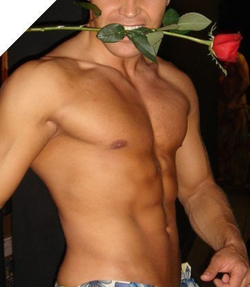 Фото голого мужчины с цветами 28025 фотография