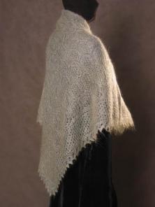 Комментарий: Схема вязания зубцов ажурного платка спицами.
