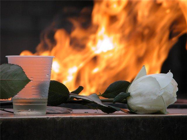 В Астрахани возбудили уголовное дело по факту осквернению Вечного огня