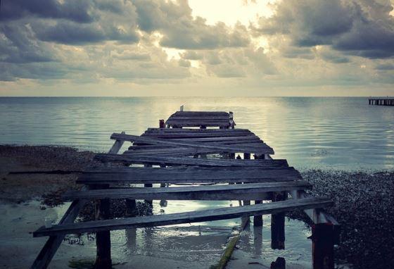 Глава Камчатки просит Росрыболовство решить проблему ветхих причалов в порту