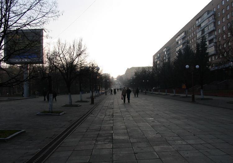 Пенза. Пешеходная улица Московская. сентябрь 2007г. апрель 2007г