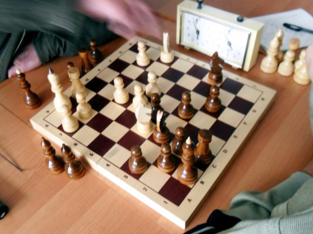 Картинка из шахмат шах и мат
