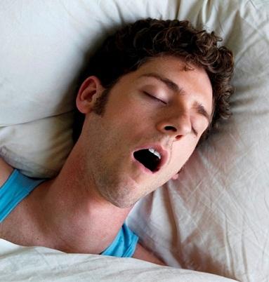 Захлебнулся во сне желчью