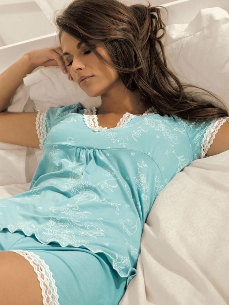 Порно девушек в ночных пижамах
