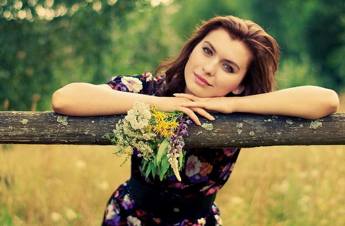 Красивые деревенские девушки фото