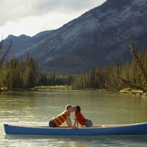 едем на рыбалку на лодке