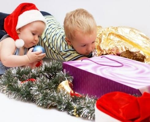 Конечно же, наиболее популярными подарками на Новый год для детей