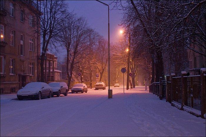 http://www.stihi.ru/pics/2012/12/03/9077.jpg