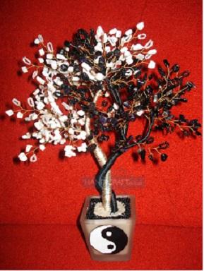 Чтобы плести деревья из бисера, схема также необходима - здесь вы найдёте их в большом количестве.