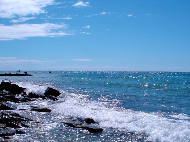 Дом в остров Херсонес далеко моря недорого