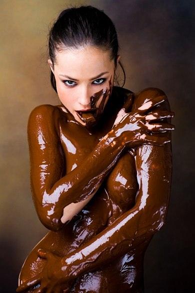 golie-shokoladnie-muzhchini