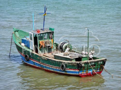 баркас нет лодка крым