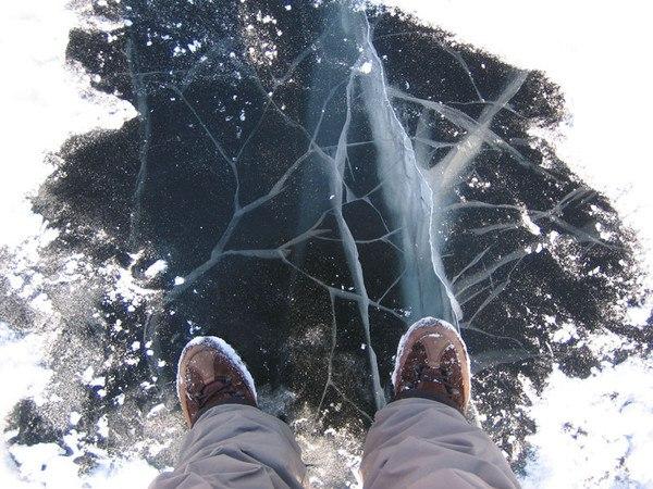 по тонкому льду: