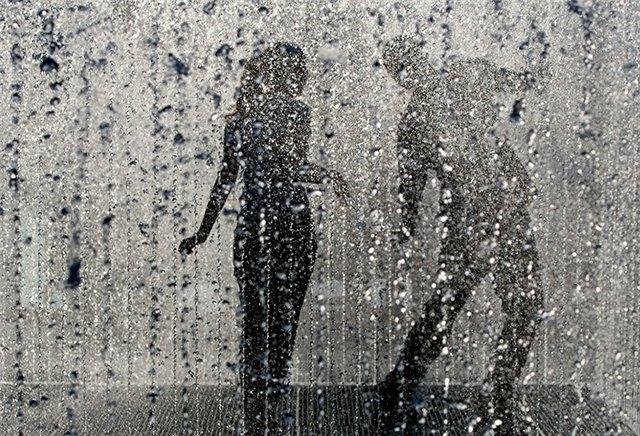 Вальс под дождем.