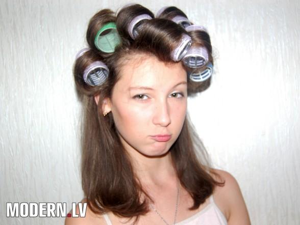 Прически на длинные волосы на бигуди