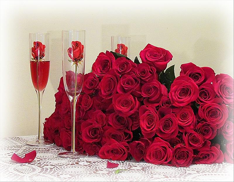 День, гиф открытка розы с днем рождения