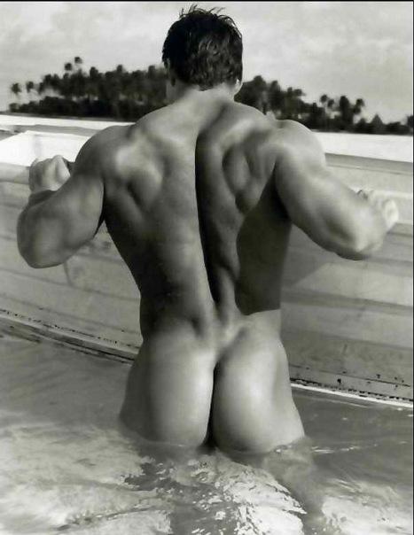 фото галерея красивых голых мужков