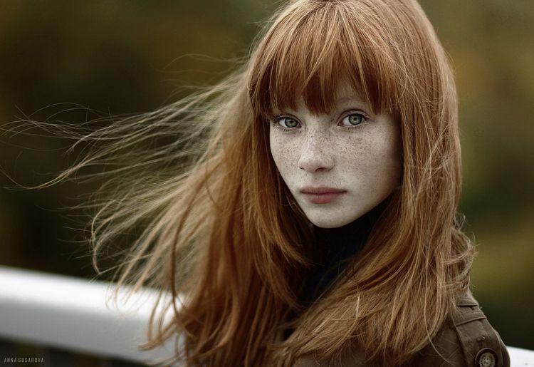 картинка девушка рыжая