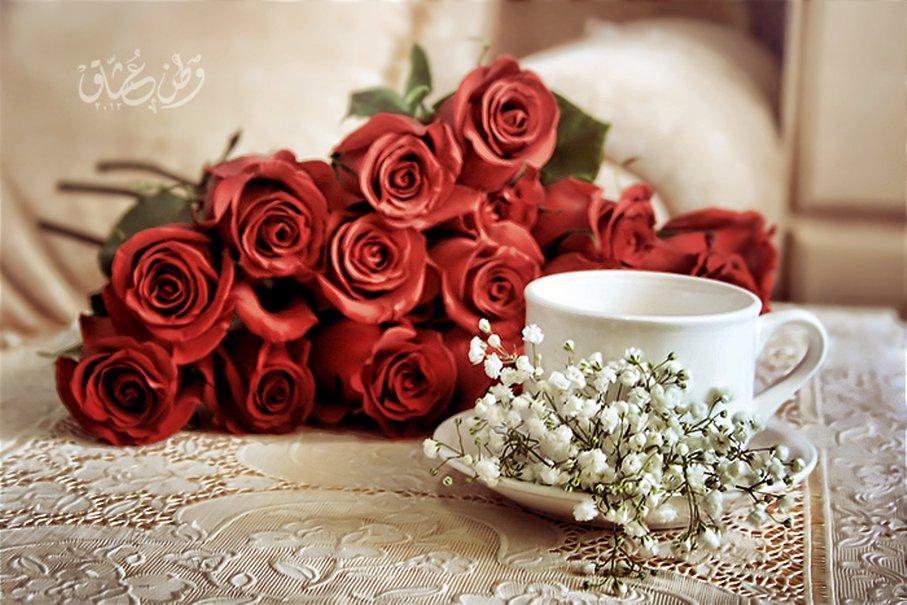 Картинки любимой женщине с добрым утром и большими цветами роз