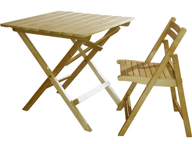 Складной стол деревянный.