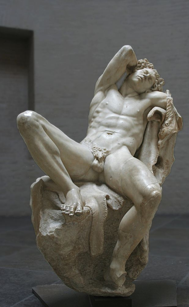 sexy-greek-nude-pain-in-penis-during-sex
