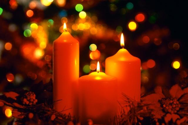Скачать минус песни зажигает вечер праздничные свечи на рождество