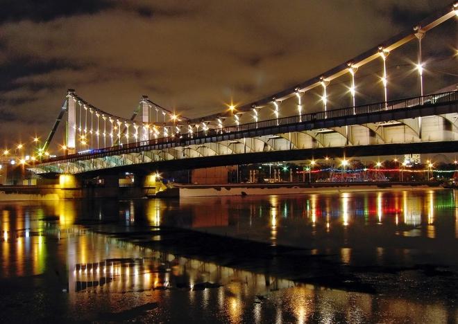Андреевский мост в парке горького