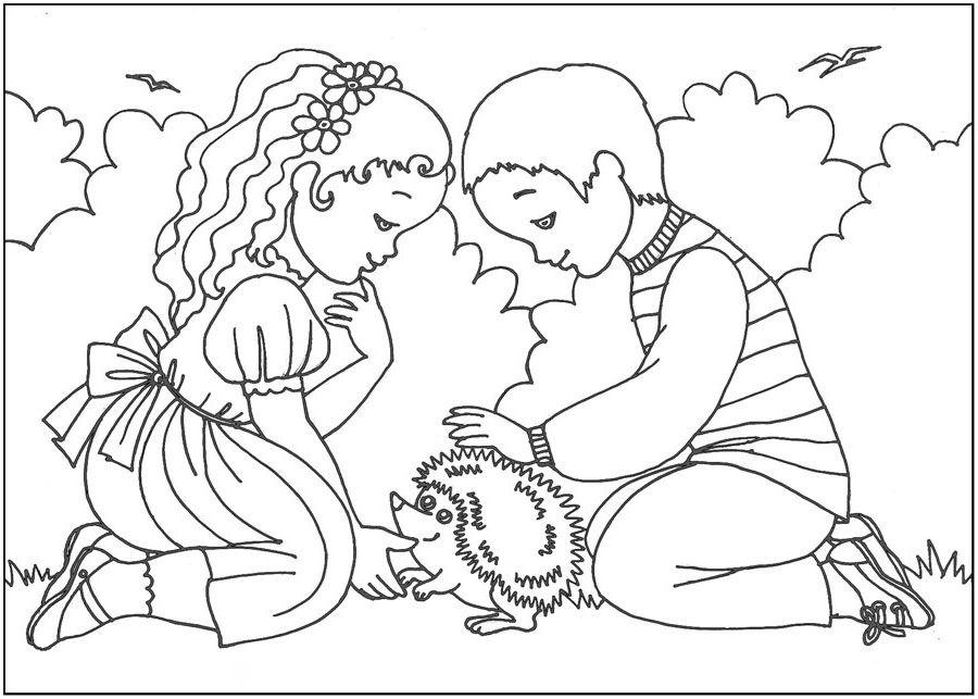 Раскраски девочка и животное