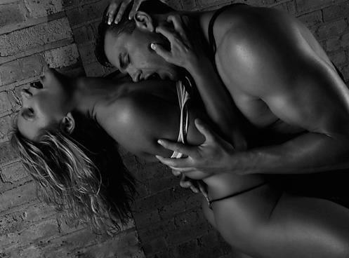 Эротическая картинка про любовь