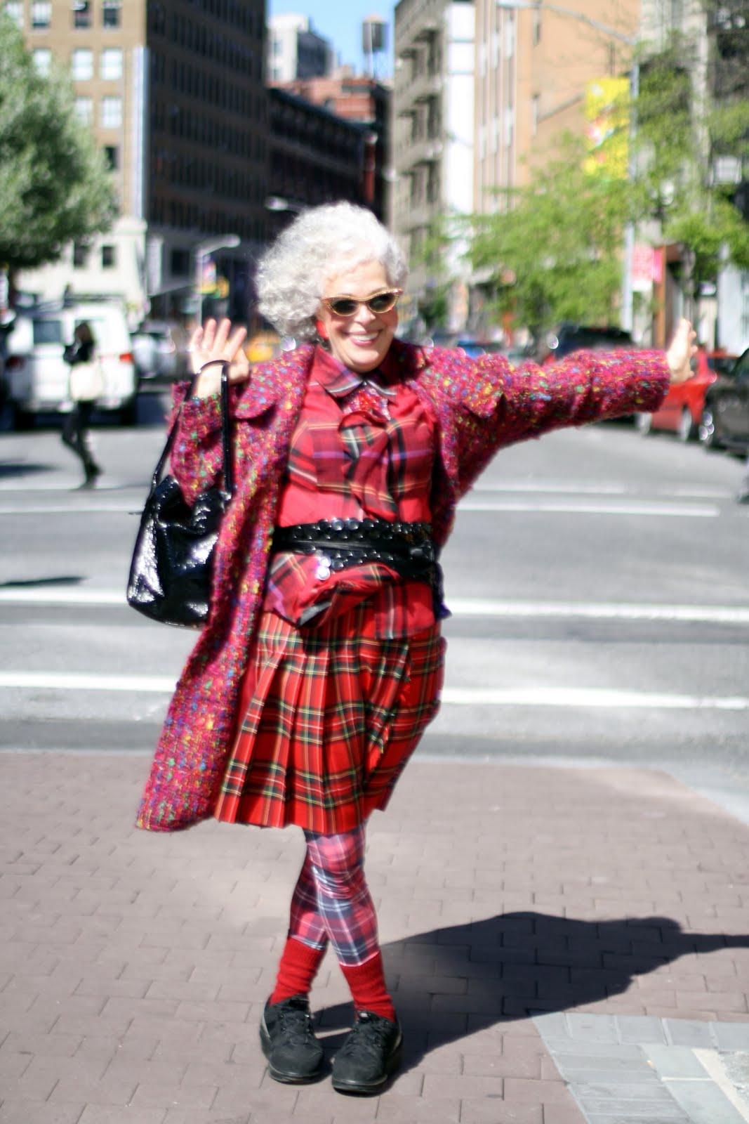 Old lady fashion show 62
