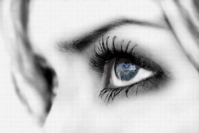 Красивая, картинки с надписями грустные глаза