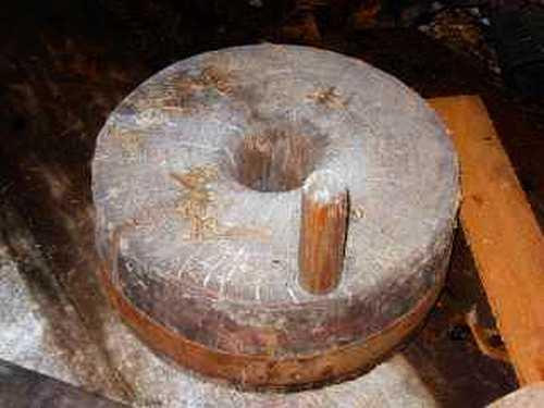 самых водяная мельница 19 века продам жернова родители