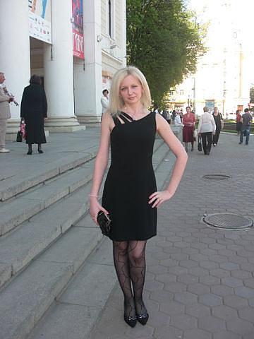 Про черное платье стих