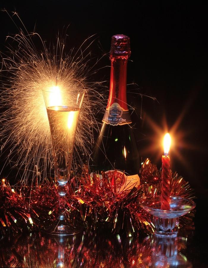 И в новый год пусть зажгутся огни