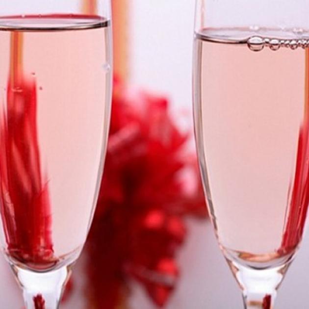 Стихи к подарку вино 24
