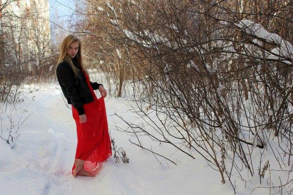 Девушки в снегу фото фото 379-621
