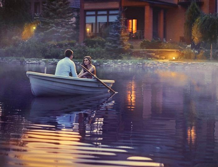 оба они тихо возились с лодкой