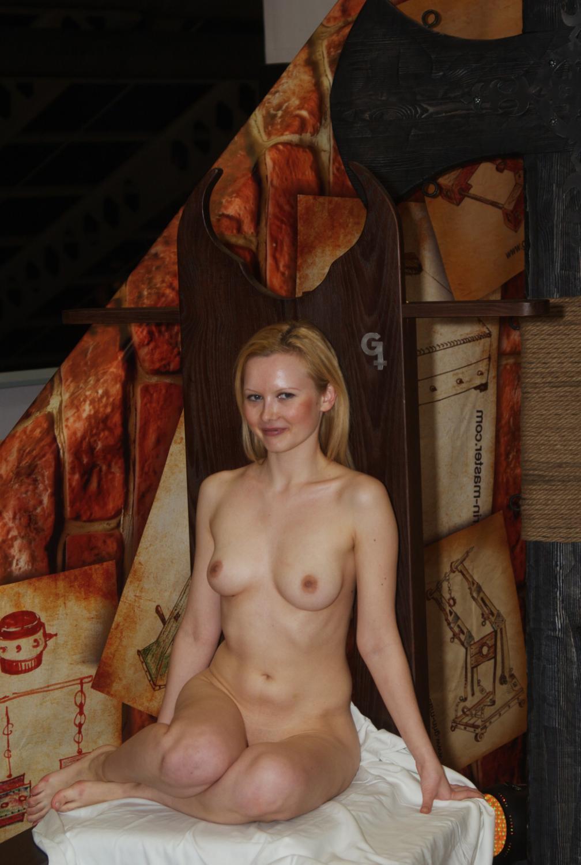 Секс художника натурщицы и еще однлй девушки 15 фотография