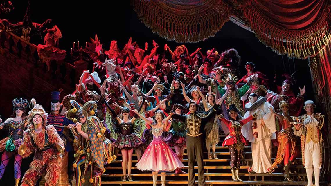opera vs musical theater
